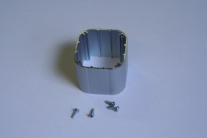 Extruded aluminum sleeve for luminaire manufacture